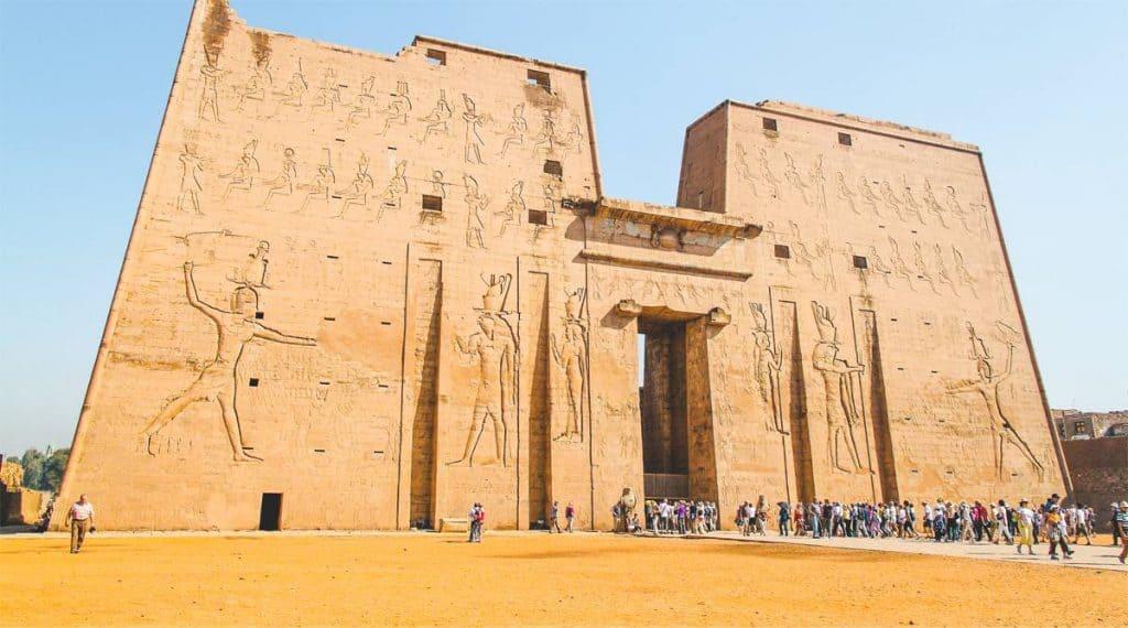 Đền thần Horus